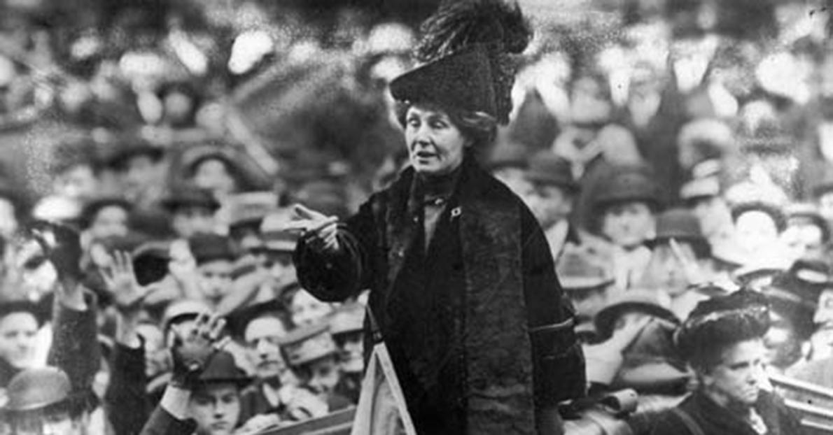 British suffragette Emmeline Pankhurst (1858 - 1928), being jeered by a crowd in New York.