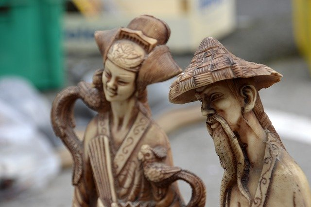 figurine of a Chines couple
