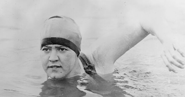 Gertrude Ederle Swam the English Channel, Beating the Record of 5 Men Before Her